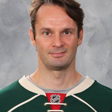 Niklas Backstrom Headshot
