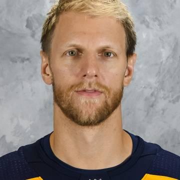 Carl Gunnarsson Headshot
