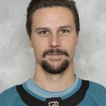 Erik Karlsson Headshot